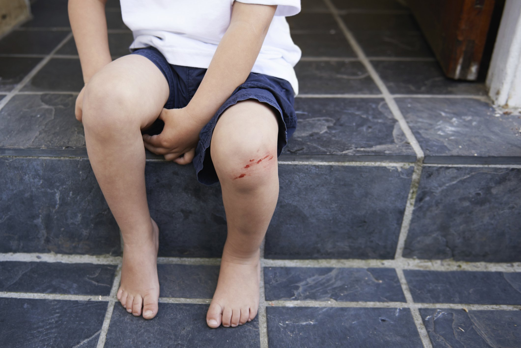 Paralysis In The Child's Right Leg Is More Than 1 Year Old?