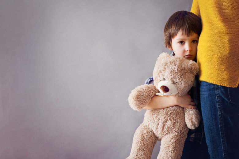 What Is The Solution If A 5-year-old Child Suddenly Does Not Want To Be Left School?