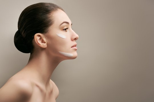 How To Deal With Striped Facial Skin?